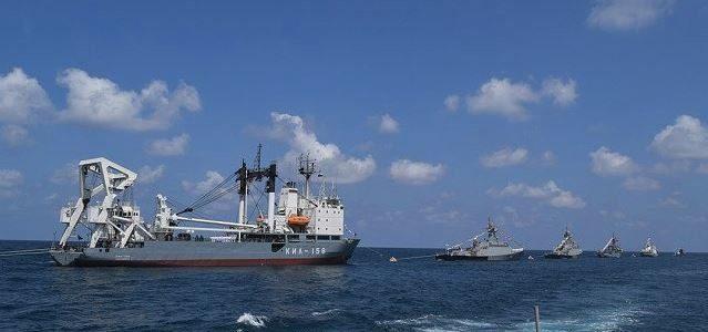 البحرية الروسية تستعرض قواتها في ميناء طرطوس