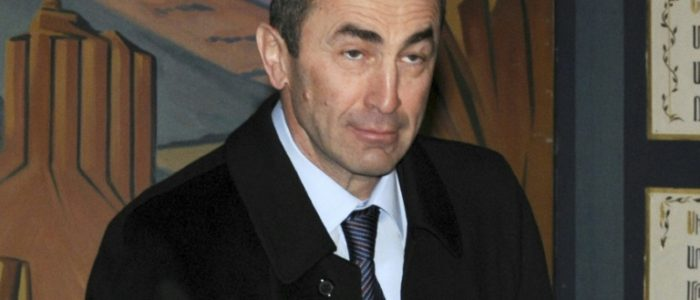 القبض علي الرئيس الارمني الاسبق روبرت كوتشاريان بتهمة تزوير انتخابات 2008