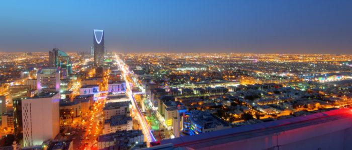 ازدياد خوف السعوديين على أموالهم يُهدد خطة بن سلمان الاقتصادية