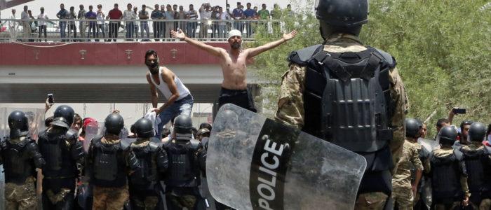 حقوق الإنسان: 13 قتيل و729 مصاب في احتجاجات العراق
