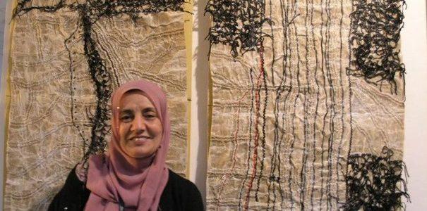 «بثينة ملحم» فيمعرض يسرد الذاكرة الفلسطينية..حكايات لا تنتهي لمرثية الخيوط والدبابيس