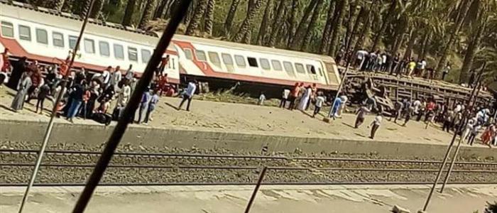 حادث قطار الصعيد ليس خطيرًا .. ورئيس الوزراء: سنتخذ الإجراءات الحاسمة بعد التحقيقات