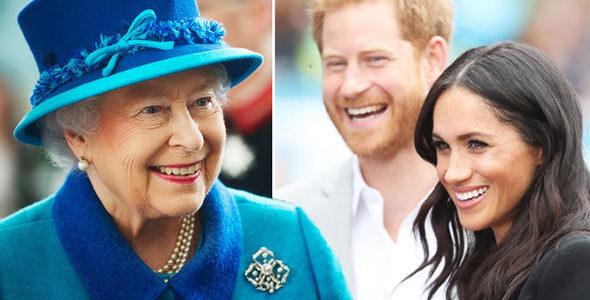 الملكة إليزابيث تبيع سيارة «رولز رويس» في مزاد علني