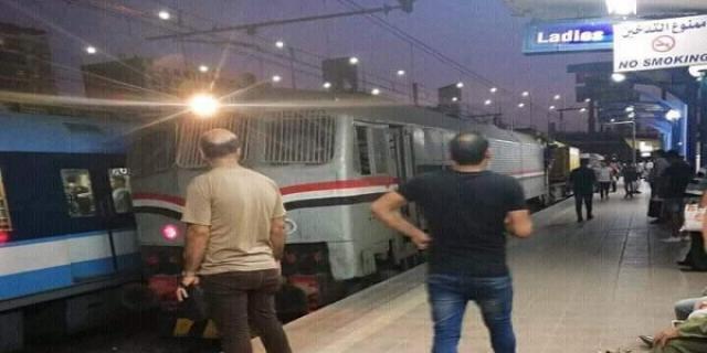 دخول قطار سكك حديد مصر إلى خط مترو الأنفاق