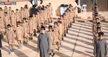 أمريكية تسترد طفليها بعد خطفهما وضمهما لتنظيم داعش بسوريا