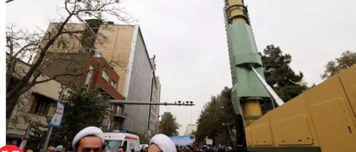"""""""التايمز"""" تدعم لدعم العقوبات الأمريكية على إيران"""