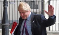 بريطانيا تعلن تمديد تأشيرات الأجانب العالقين بسبب كورونا لنهاية مايو المقبل