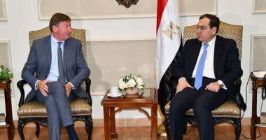 """وزير البترول يبحث مع رئيس """"إنجى"""" العالمية خطة عمل الشركة بمصر"""