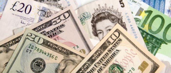 الدولار يخسر 3 قروش اليوم الثلاثاء أمام الجنيه ويسجل 15.84 جنيه