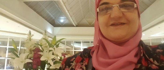الكاتبة نفيسة عبدالفتاح تعلن تعليق إضرابها عن الطعام مؤقتًا