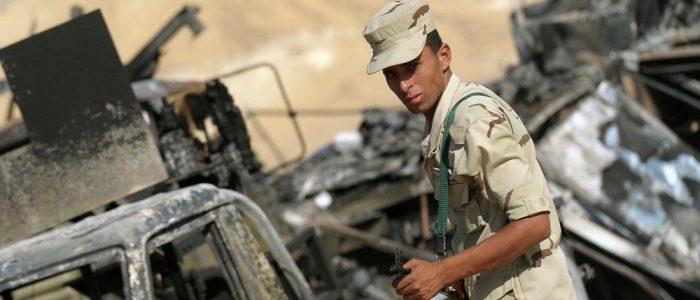 مقتل 12 مسلحا في مداهمات لقوات الأمن المصرية بالعريش