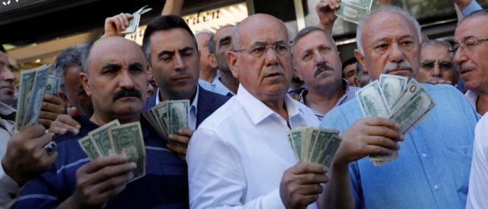 أتراك وعرب يستجيبون لأردوغان عقب حديثه عن ضرب تركيا واقتصادها