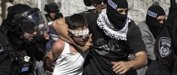 قرية فلسطينية يملأ أطفالها سجون إسرائيل