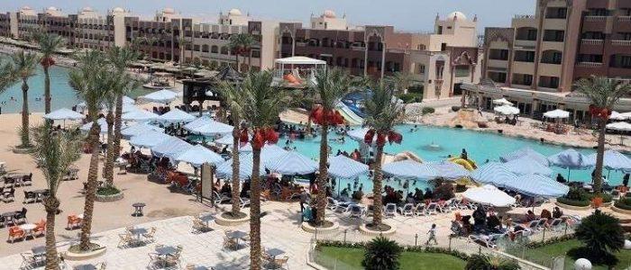 مصر تجري فحوصا مخبرية في فندق توفي فيه زوجان بريطانيان