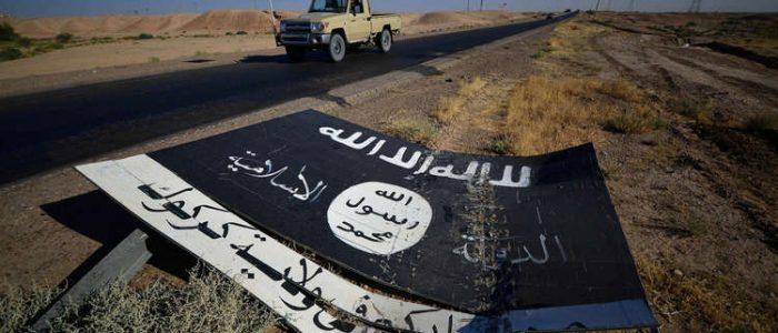 داعش يخطف 100 عائلة من مخيم شرقي سوريا