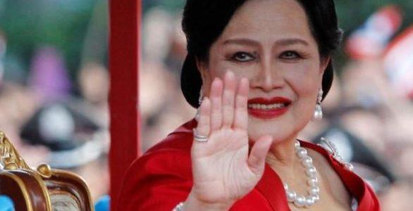 نقل الملكة الأم في تايلاند للمستشفى