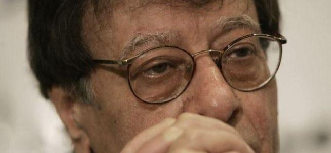 جدارية لمجموعة من قصائد محمود درويش مغناة في الذكرى العاشرة لوفاته