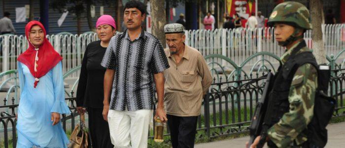 الصين تواصل قمعها لمسلمي الأيجور في داخل وخارج البلاد
