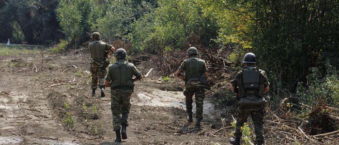 اليونان تحتجز عسكريين تركيين بعد اشتباك على حدود البلدين