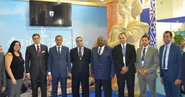 سفير مصر بكازخستان يفتتح الجناح المصرى بمعرض أستانا الدولى للسياحة