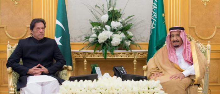 هل يستطيع عمران خان التوسط بين إيران والسعودية؟