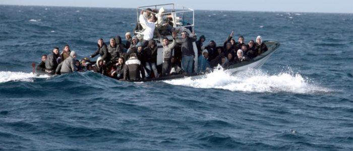 إنقاذ نحو 40 لاجئاً في حادث غرق قبالة السواحل اللبنانية