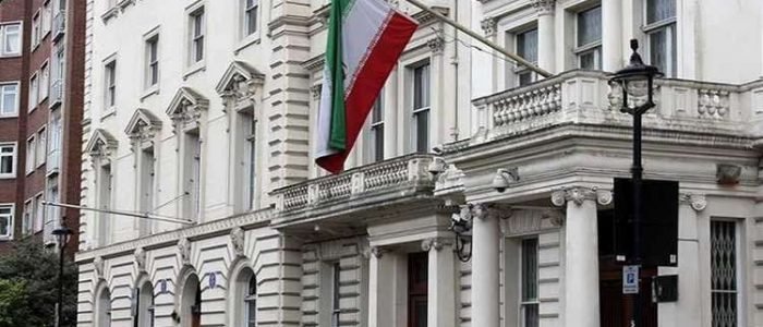 إيران تؤكد تعرض سفارتها للهجوم في باريس