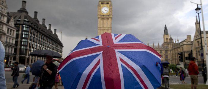 التايمز: عشرات الوزراء على استعداد للاستقالة بسبب البريكست