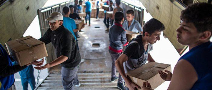 """""""الجارديان"""" تحذر من تطرف الأطفال في حال تركوا في المخيمات السورية"""