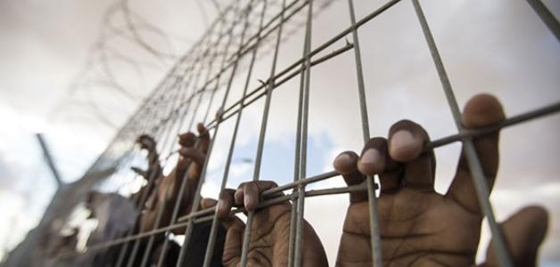 باكستان تعتقل 18 صيادًا هنديًا إثر تجاوزهم الحدود البحرية