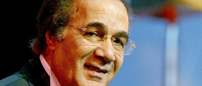محمود ياسين يعلن اعتزاله الفن