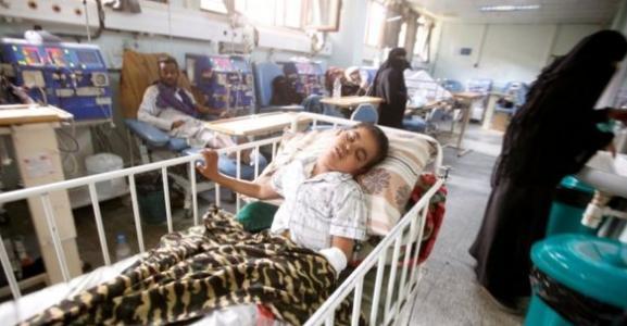 الجارديان: حياة 300 ألف يمني على المحك