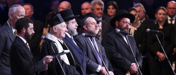 في سابقة جديدة . يهود إلمان ينضمون لحزب متعاطف مع هتلر ويكره المسلمين