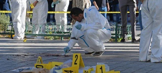 """السبسي: """"نأمل ألا يقضي الإرهاب على تونس"""""""