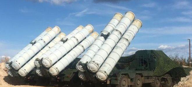 """روسيا تعلن تسليم منظومة الدفاع الجوي """"اس-300"""" إلى سوريا"""