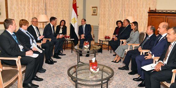 السيسى: نتطلع لزيادة الاستثمارات الألمانية فى مصر