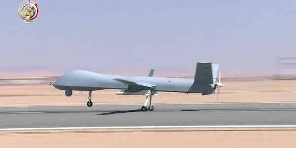 مصر تكشف طائراتها المسلحة من دون طيار