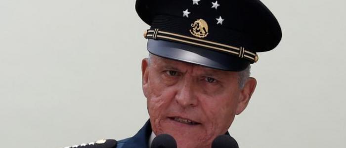 وزير الدفاع المكسيكي يؤيد تقنين الأفيون في سبيل احتواء عنف العصابات