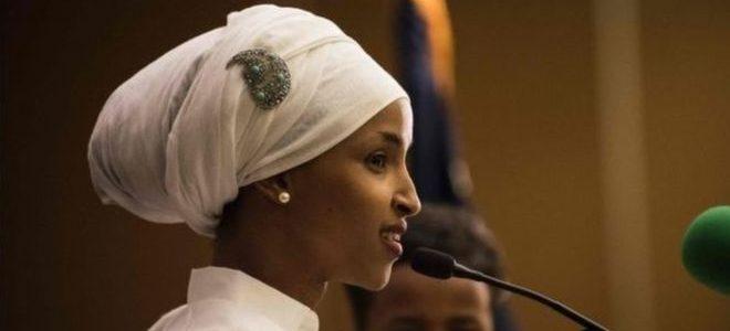 إلهان عمر: أول محجبة تدخل الكونجرس الأمريكي