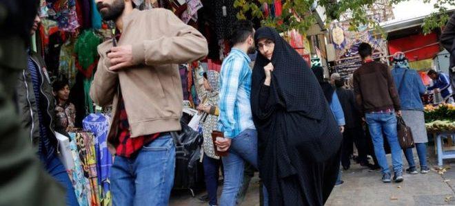 العقوبات الأمريكية  تؤلم الإيرانيين لكنها لن تحدث تغييرا