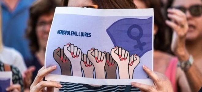 غضب في إسبانيا بسبب تبرئة رجلين من تهمة اغتصاب لأنهما لم يستخدما العنف