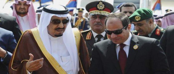 كاتب سعودى: علاقاتنا مع مصر فى عهد السيسى تزداد قوة ومتانة