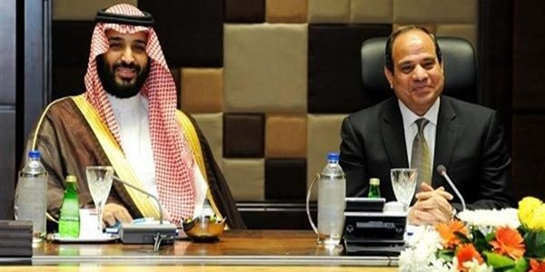 الرئيس السيسي يستقبل ولي عهد السعودية في مطار القاهرة