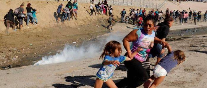 """ترامب: الغاز المسيل للدموع ضد المهاجرين """"آمن للغاية"""""""