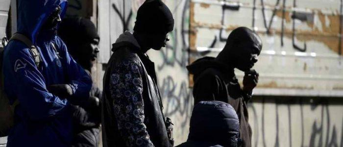 سريان قانون مثير للجدل يحارب الهجرة في إيطاليا