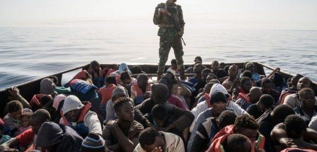 الجارديان: معاناة أطفال لاجئين في ليبيا