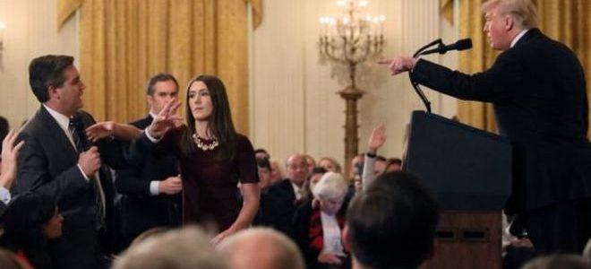 البيت الأبيض يعيد تصريح جيم أكوستا مراسل سي إن إن، ويفرض قواعد للمؤتمرات الصحفية