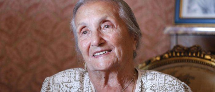 روزا بوليوني ملكة السيرك تزوجت في قفص الأسود وعانت من الإساءة لسمعتها