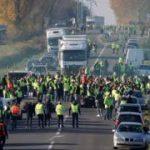 """ما هو اقتراح المعارضة الفرنسية لإخماد ثورة """"السترات الصفراء""""؟"""