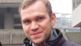 عودة البريطاني المدان بالتجسس في الإمارات ماثيو هيدجيز بعد العفو عنه
